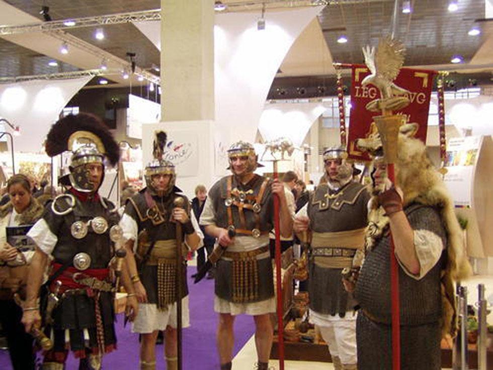2011 salon des vacances de bruxelles legion viii augusta for Salon de bruxelles