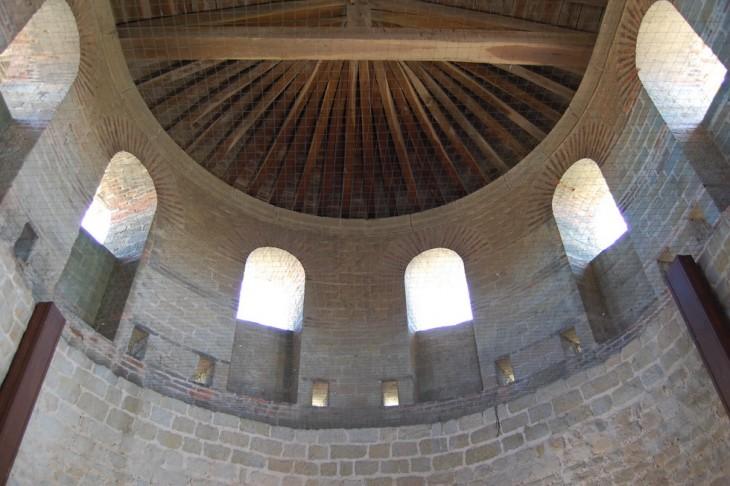 vue de la partie haute d'une tour romaine