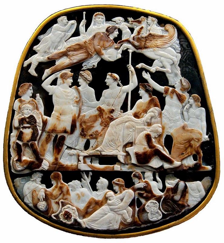Le Grand Camée de France, dont l'hypothèse la plus courante serait qu'il aurait été commandé par Tibère, en l'an 20, au célèbre graveur de pierres précieuses Dioscoride pour orner l'urne funéraire de Germanicus mort près d'Antioche le 10 octobre 19. Il est en sardonyx à cinq couches. Il mesure 31 cm de hauteur et 26,5 cm de largeur. Il est le plus grand camée antique connu.
